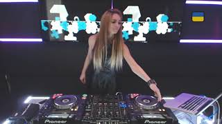 getlinkyoutube.com-Live @ Radio Intense 08.04.2014 - Djane Djoly