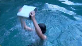 getlinkyoutube.com-Breaking a Xbox 360 - Part 1 (Pool)