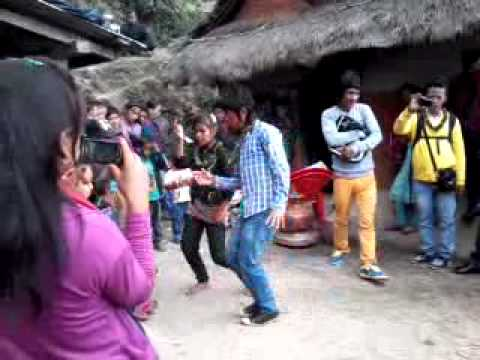 Arghakhanchi takura dance video by Bom bahadur mgr