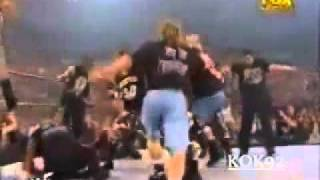 getlinkyoutube.com-ستيف اوستن يعود وينقذ فريق WWF من مصارعين esw