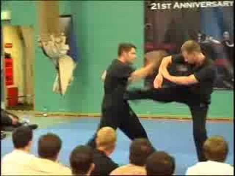 BEST Wing Chun Hand & Leg Combination Drill for Distance Control