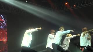 getlinkyoutube.com-BTS (방탄소년단) No More Dream in Mexico City