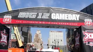 Dio inicio el Torneo de Basketbol Phillip 66 en Kansas City