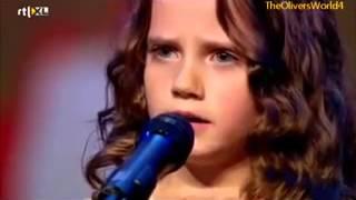 getlinkyoutube.com-Девочка спела так, что зал аплодировал стоя, а жюри открыли рты.