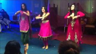 getlinkyoutube.com-Pakistani hot girls Weeding dance 2013