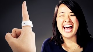 getlinkyoutube.com-People Try A Smart Ring That Controls Your Phone