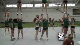 getlinkyoutube.com-UO Acro and Tumbling Goes for Three-Peat