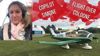 getlinkyoutube.com-Copilotin Simone  - Rundflug über Köln/Bonn