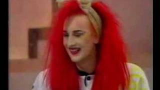 "getlinkyoutube.com-boy george on ""NOEL EDMONDS LATE LATE BREAKFAST SHOW"