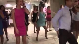 getlinkyoutube.com-СУПЕР танец на свадьбе!!! РЖАЧ да и только!!