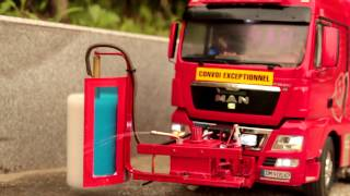 getlinkyoutube.com-Realistic RC experience - RC 8X4 MAN trucks