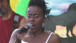 getlinkyoutube.com-Etana with the Roots Revealers   Reggae on the River 2009 'I am not afraid'