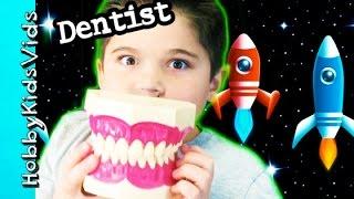 getlinkyoutube.com-Spaceship DENTIST Visit! Giant Teeth + Toy Surprise. Cleaning by HobbyKidsVids