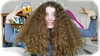 What it looks like to Brush Out Thick Curly Hair 🦁