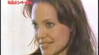 getlinkyoutube.com-Angelina Jolie : In Japan