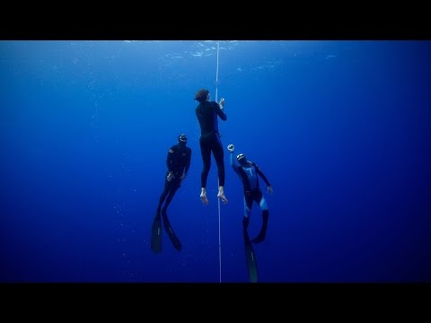 Deep water breath holding camp - Red Bull High Performance