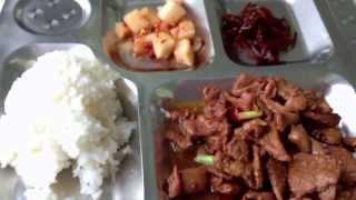 getlinkyoutube.com-中国東北部の旅  2013   09  Part  20 食堂車にてごはん