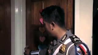 getlinkyoutube.com-KISAH NYATA POLISI MENILANG ISTRINYA