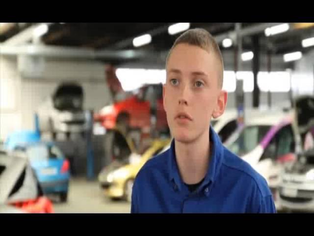 Eric 1ère année BAC PRO Mécanique Automobile