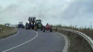 getlinkyoutube.com-Fastest Vintage tractor in Rush