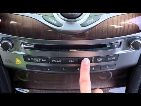 2016 Infiniti Q70 - USB/iPod® Interface