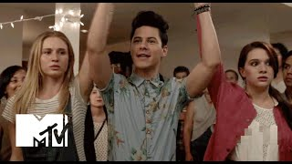 getlinkyoutube.com-Faking It | Official Trailer (Season 1) | MTV