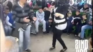 getlinkyoutube.com-قاحب جزائرية و مخنت جزائري  يرقصان على أنغام  الراي