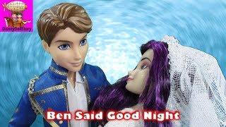 getlinkyoutube.com-Ben Kisses Mal Good Night - Part 6 - Halloween Descendants   Disney