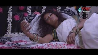 getlinkyoutube.com-Mr. Manmadha Scenes - Soni And Amith First Night Scene - Sonia Deepti
