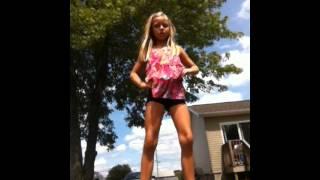 getlinkyoutube.com-Me dancing to worth it