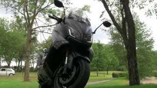 Essai et présentation Yamaha TMax Ironmax 2015