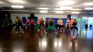 |Apretaito al Pickup |  cumbia | Andrea Stella zumba Dance Fitness