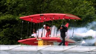 getlinkyoutube.com-Redbull Flugtag 2011 Leeds Roundhay Park