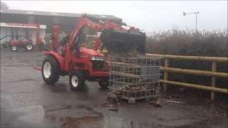 Siromer Front Loader moving logs