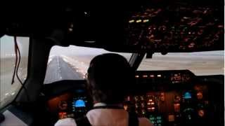 getlinkyoutube.com-Pakistan International Airline Inside the cockpit of A310