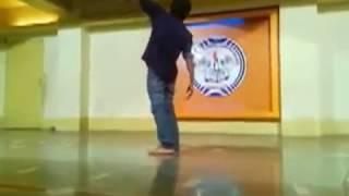 getlinkyoutube.com-Rajat Dancing to ABCD - Bezubaan