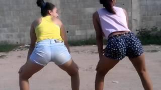 getlinkyoutube.com-Meninas Dançando Bate palma com bumbum