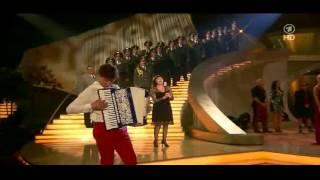 getlinkyoutube.com-Mireille Mathieu, Andrea Berg, Helene Fischer e a     Wenn mein Lied eine Seele küsst   YouTube 720p