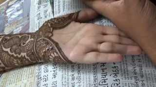 getlinkyoutube.com-Perfect Indian Mehendi Design On Palm:Henna Mehandi 2014(Eid;Weddings)