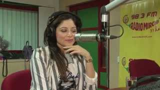 getlinkyoutube.com-Kanika Kapoor talks about her struggle at the Mirchi Delhi studio with RJ Rohit