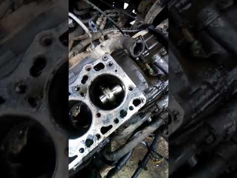 Рено мастер 2.8 стук в двиготеле