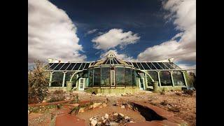 getlinkyoutube.com-Maison écologique Earthship de Luxe : Le Phoenix !