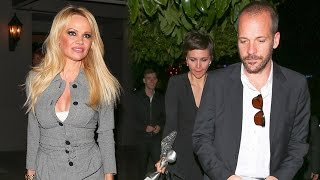 Odd Couple Pamela Anderson And Maggie Gyllenhaal Party After Gracies Gala