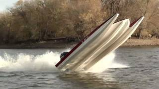 getlinkyoutube.com-STV River Rocket tearin it up on IL River