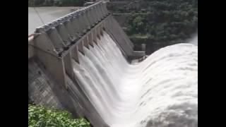 लाईट कैसे बनती हैं और पानी का खतरा भी हो सकता है