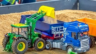 getlinkyoutube.com-RC trucks & tractors in ACTION! SCANIA! John Deere! Case! And more!
