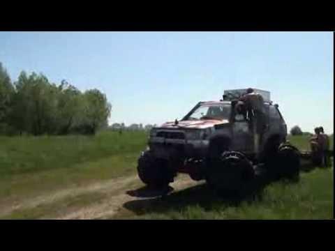 Сурф 4 раннер тойота машины отрезанные от большой земли наводнением на Десне 4x4 mud 4х4
