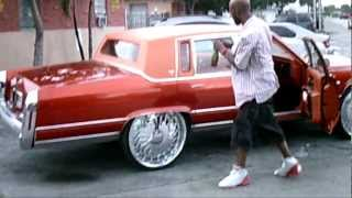 getlinkyoutube.com-(PiefacePresentWhips)91 Candy Orange Cadillac Fleetwood On 26 DUB FLOATERS.AVI