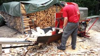 getlinkyoutube.com-Homemade firewood processor Part 4