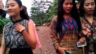 "getlinkyoutube.com-Drama Bahasa Sunda ""Emak-emak Rempong""  -  SMK Pasundan Subang"